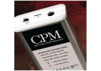Il dispositivo di Controllo del Movimento portatile ha una batteria ricaricabile di autonomia fino a 100 ore.